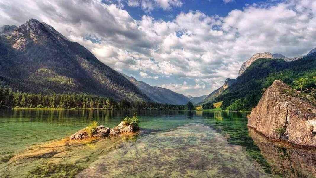 Landschaft mit Weitwinkelobjektiv fotografiert