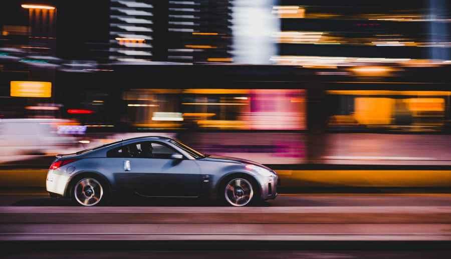 Auto in Bewegung
