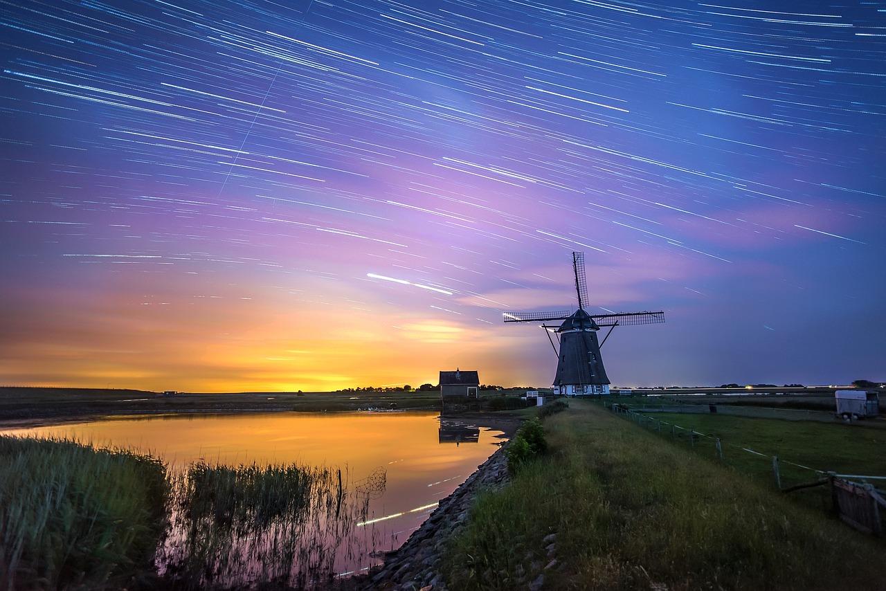 Windmühle Nachthimmel Sterne